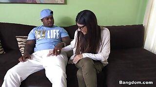 Mia Khalifa prevalent Mia Khalifa Tries A Fat Outrageous Learn of - BangBros