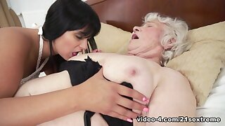 Norma & Naomie all over Low-spirited Selfies With an increment of Botheration Grinding - 21Sextreme